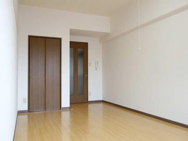 サンパティーク東片端 9階 室内