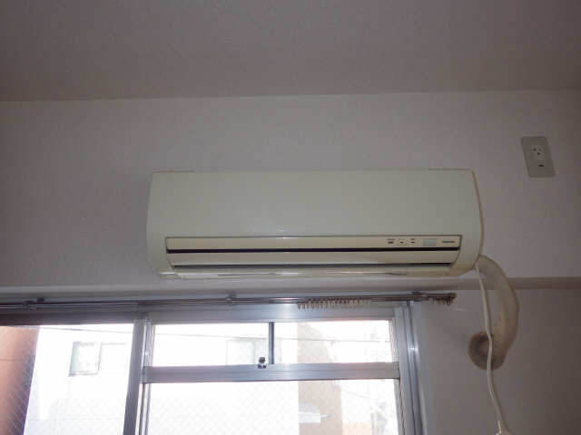 サンマンション大曽根 2階 エアコン
