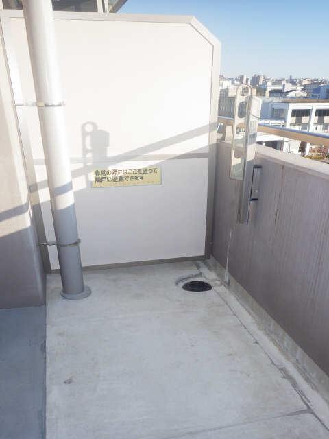 シャンクレール 8階 ベランダ