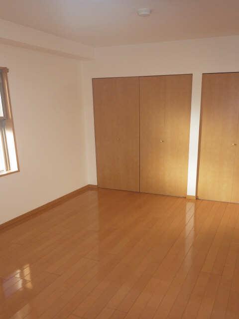 シャンクレール 8階 室内