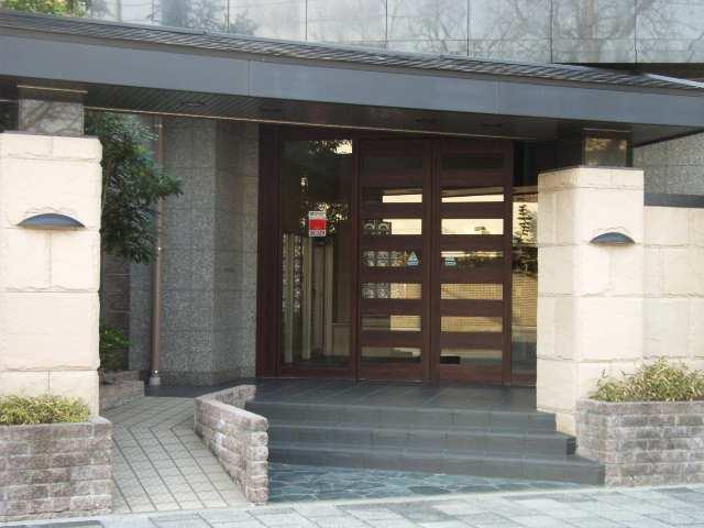 ノイエクラッセ徳川園201号 エントランス入口