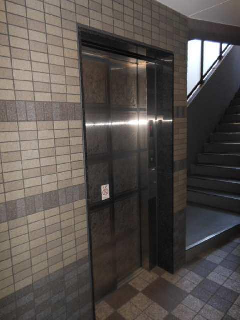 ステュディオ大曽根 エレベーター