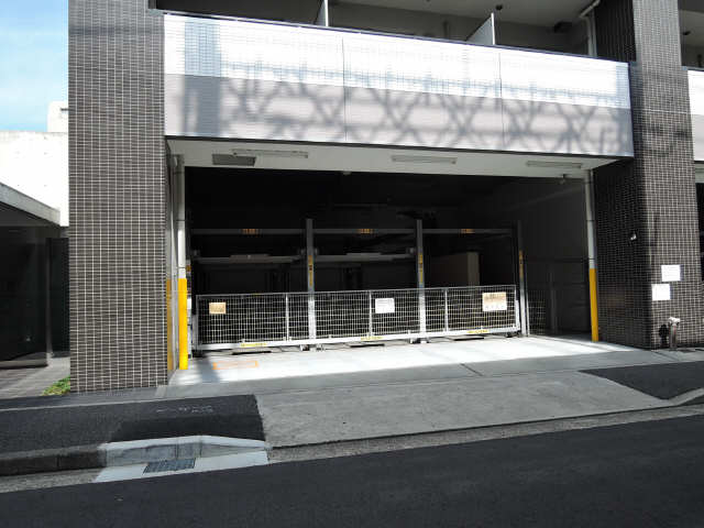 N.S.ZEAL 大曽根 駐車場