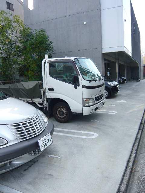 クレイタスパークⅣ 駐車場