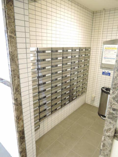 レジディア白壁 郵便ポスト
