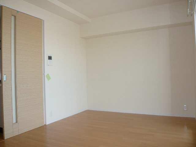 レジディア白壁 6Fニシ1K室内