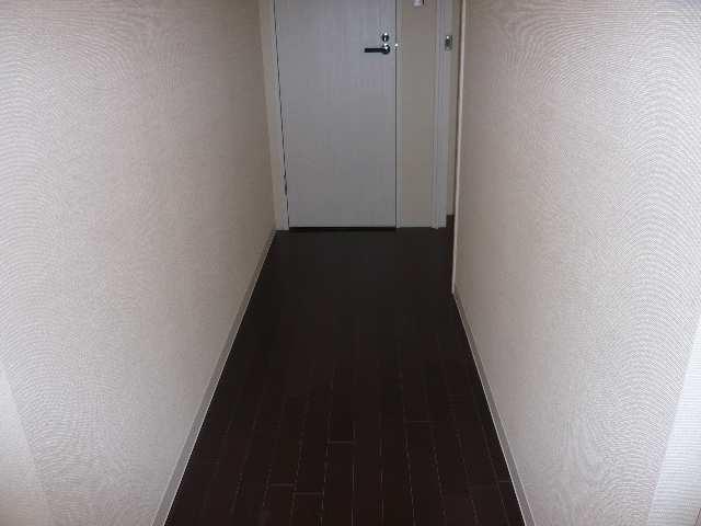 レジディア白壁 7Fニシ廊下