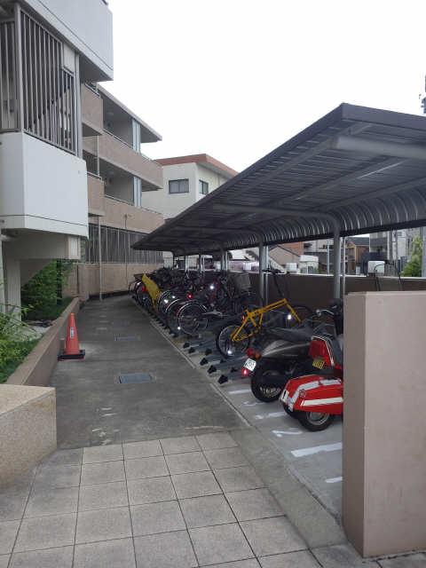 パークアクシス白壁 駐輪場