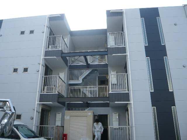 プリミエール上飯田南町 共用階段