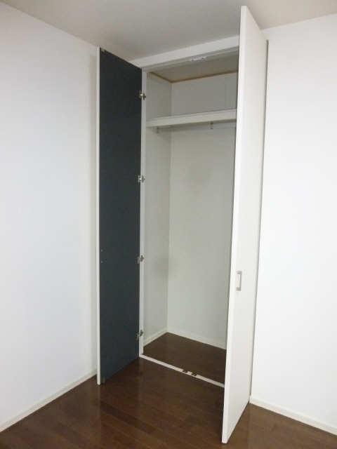 ドルクスコート 3階 収納