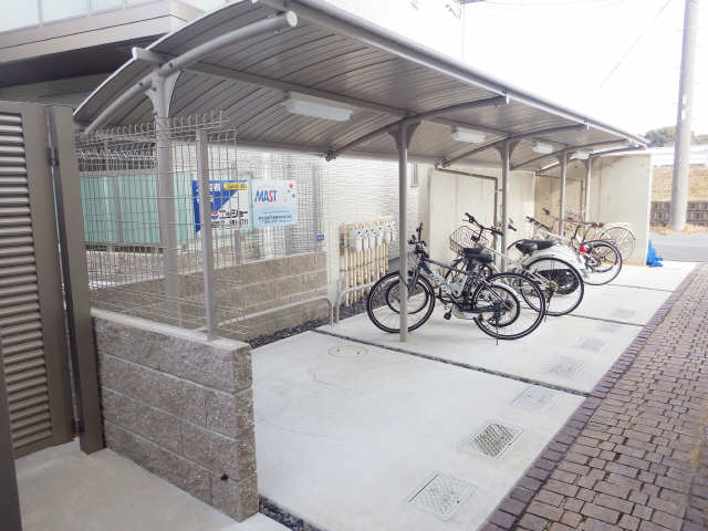 f-stadt(南棟) 駐輪場