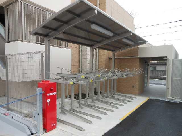 グランマスト白壁二丁目 駐輪場