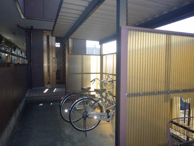 グランメール豊隆 駐輪場