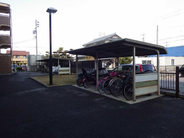 サイレントパレス矢曽根 駐輪場