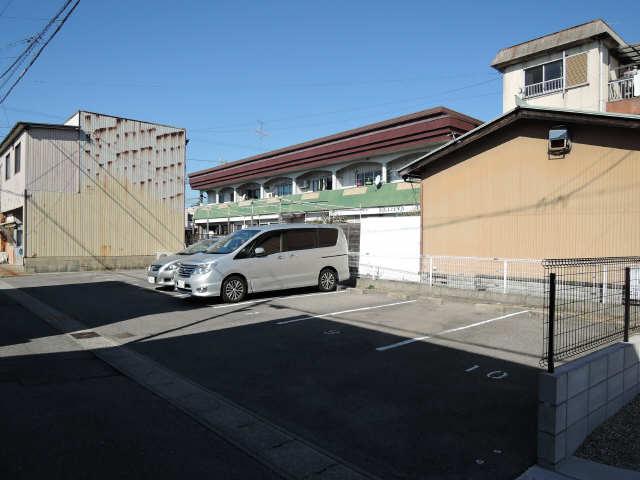 緑風マンション 敷地外駐車場