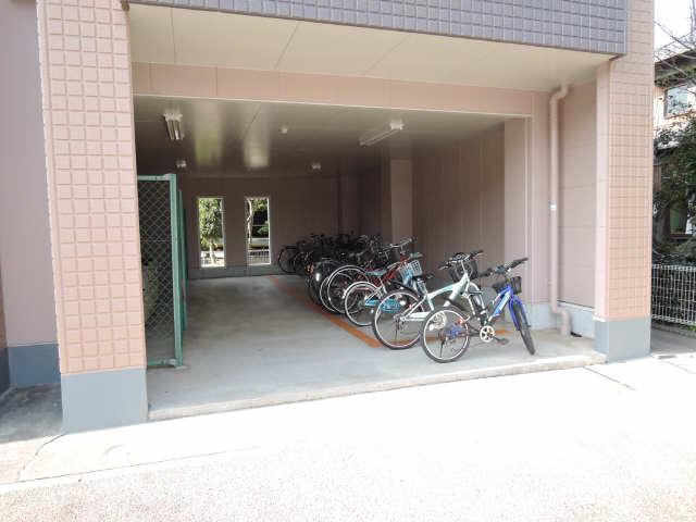 エスポワール永吉Ⅱ 駐輪場