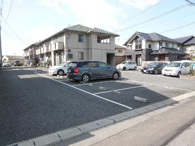 プランドールKURA Ⅱ 駐車場