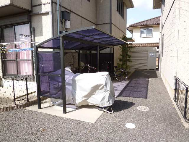 プランドールKURA Ⅱ 駐輪場