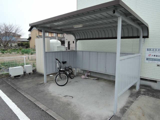 アメニティ横須賀 駐輪場
