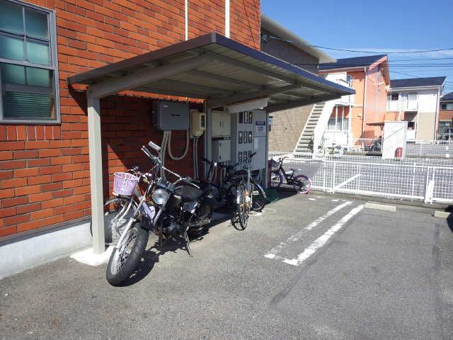 ヨーロピアンシャレー小松島 駐輪場