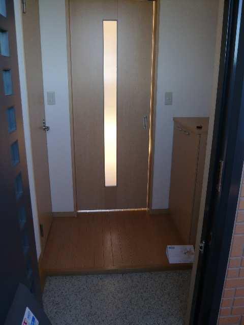 DS・N 玄関