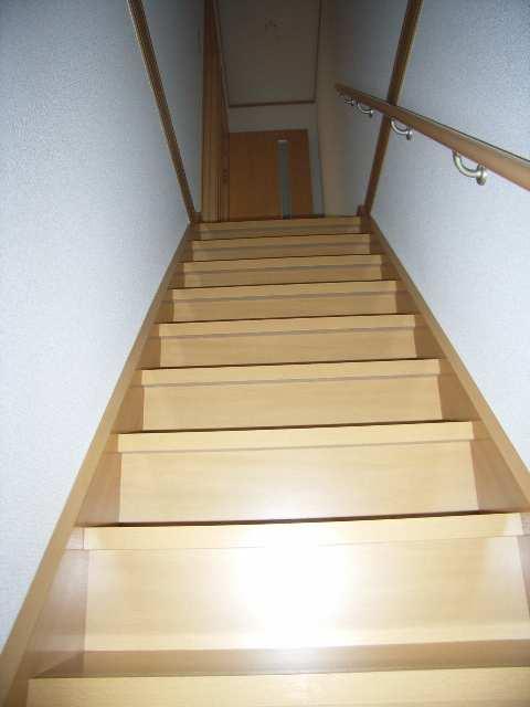 コンフォート西端 階段