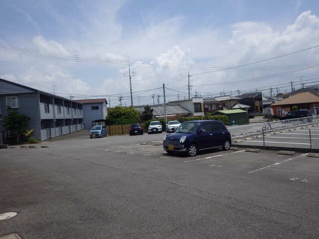 グリーンコートⅡ 駐車場