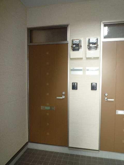 クレストコート笹山Ⅱ 101玄関