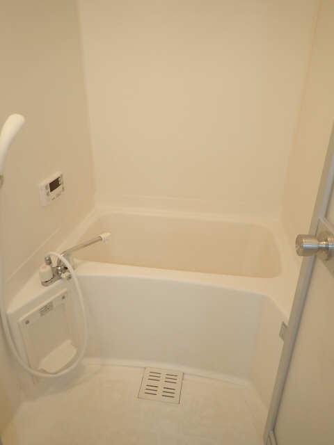 サープラスAIM 1階 浴室