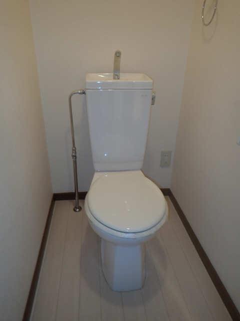 サープラスAIM 1階 WC