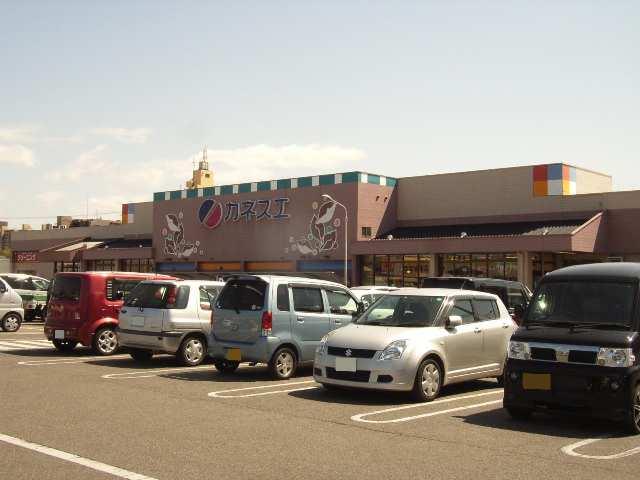 アムールイワタ 1階 カネスエ国府宮店