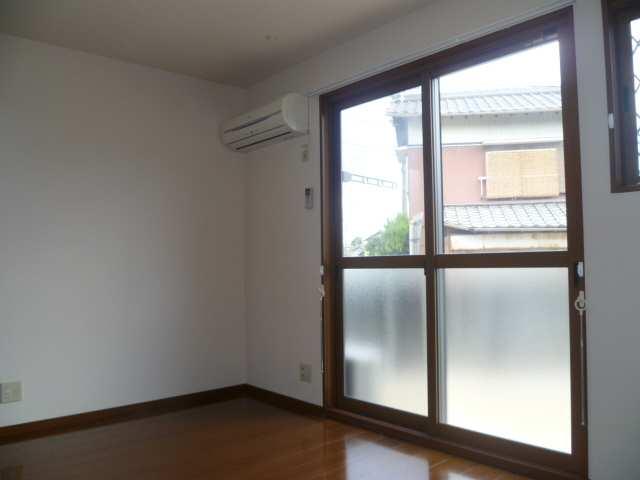 アムールイワタ 1階 室内(エアコン1基付)
