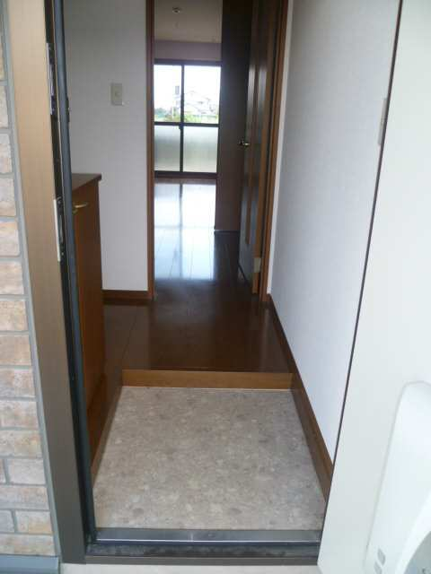 アムールイワタ 1階 玄関