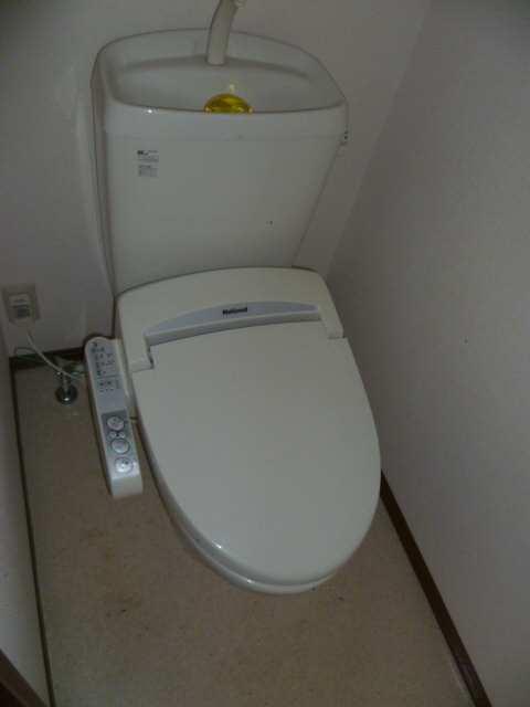 アムールイワタ 1階 WC