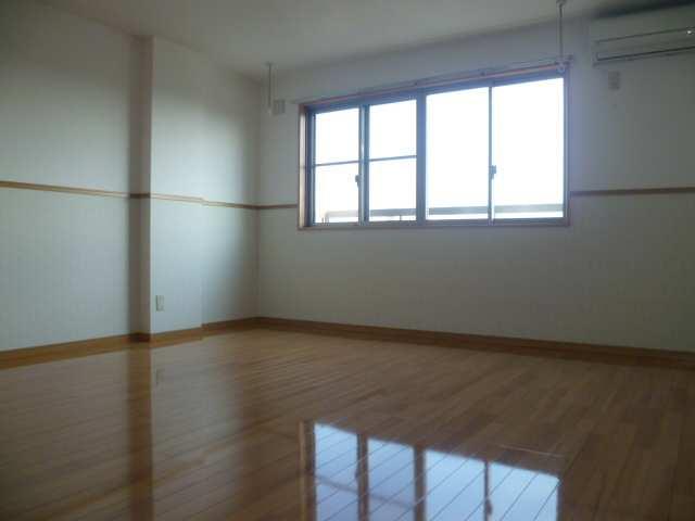 セルリアン・クオーレ 2階 室内