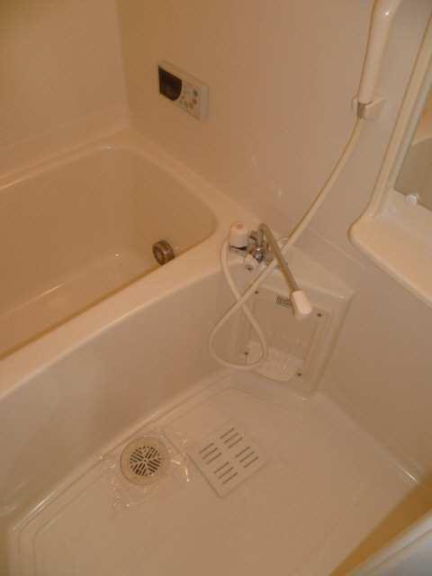 セルリアン・クオーレ 2階 浴室