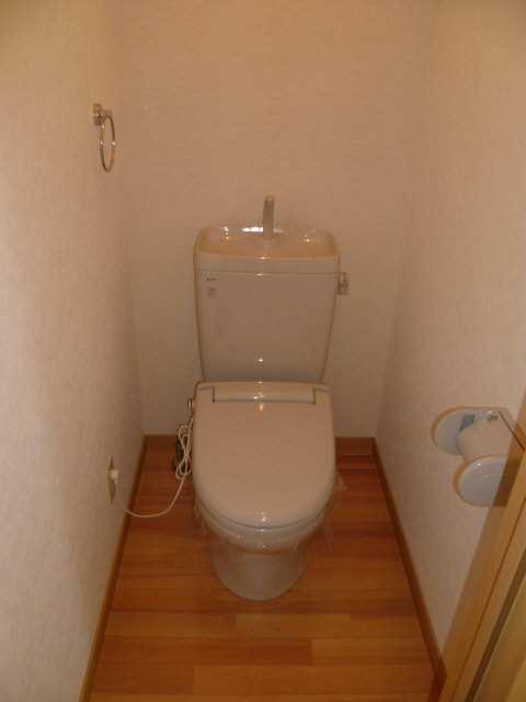 セルリアン・クオーレ 2階 WC