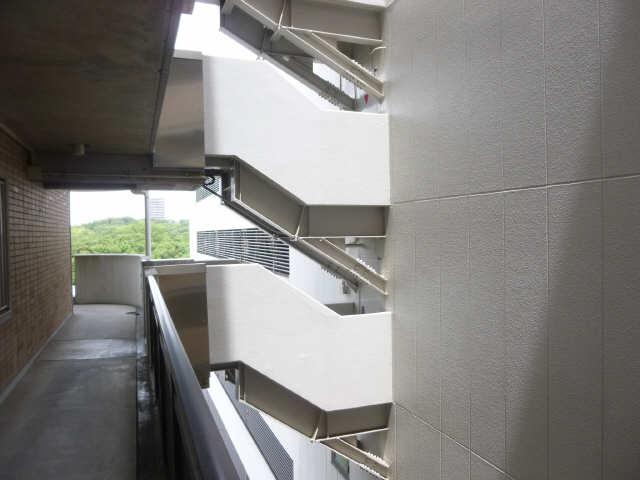 アーバンドエル八事石坂 11階 共用通路