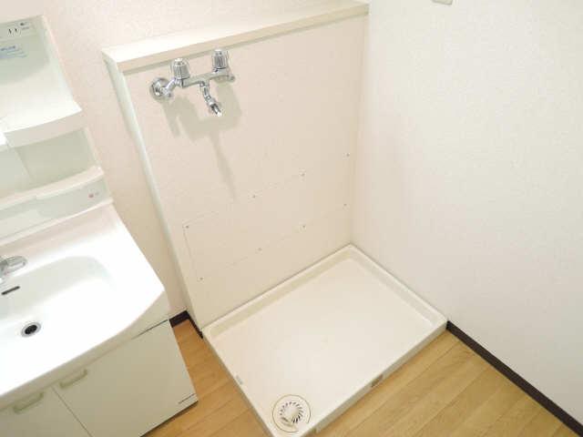 アーバンドエル八事石坂 1階 洗濯機置場