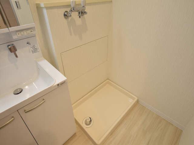 アーバンドエル八事石坂 11階 洗濯機置場