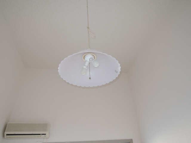 パークグラシア 1階 照明