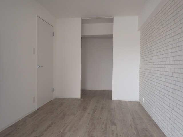 里水マンション A棟 4階 洋室