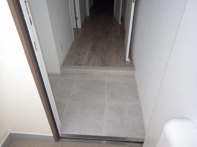 里水マンション A棟 4階 玄関