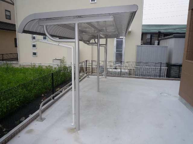 コフレK 2階 駐輪場