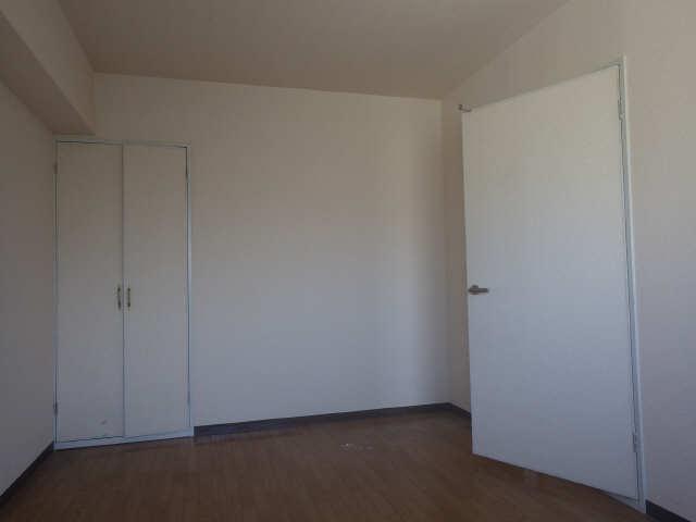 桜ヶ丘ハイツ 4階 室内