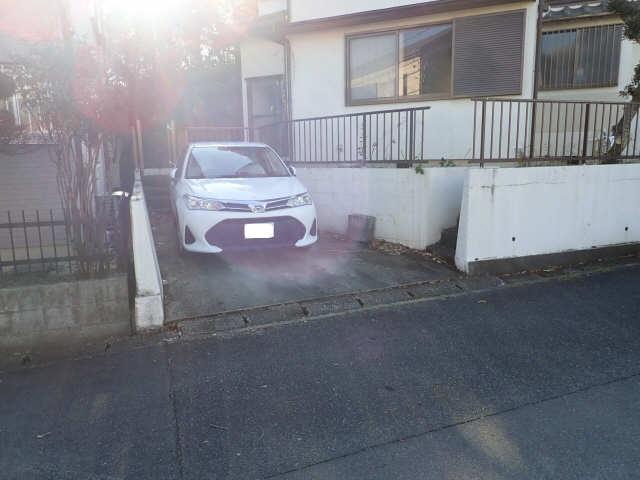 MINCA(西大根) 駐車場