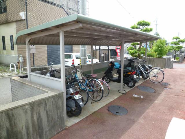 サーフサイドサンシャインN 3階 駐輪場