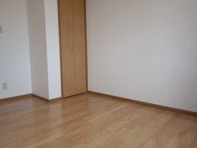サーフサイドサンシャインN 2階 室内