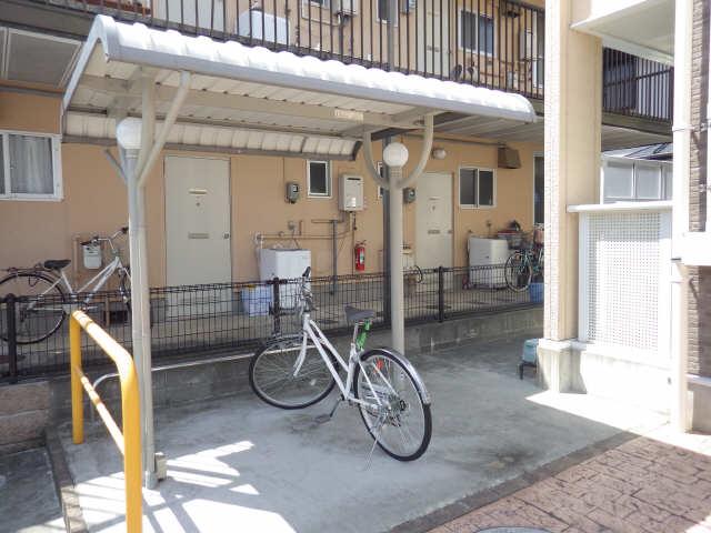 AIKI 2階 駐輪場