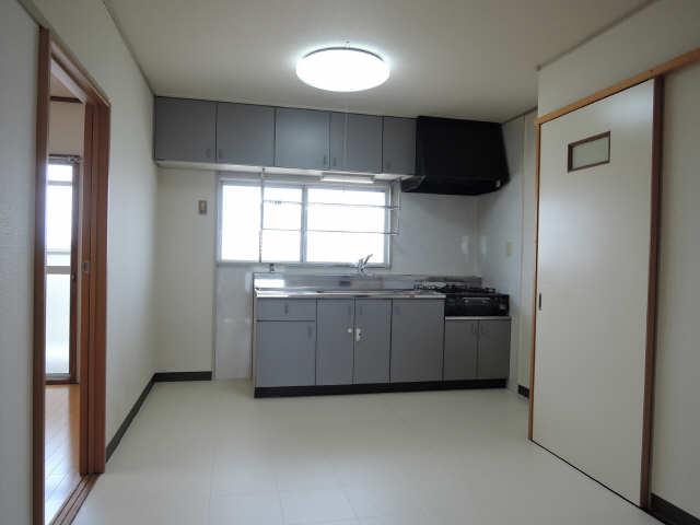 パビリオン松濤B棟301号室 3階 リビング